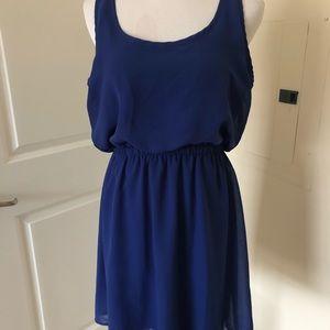 Dresses & Skirts - Eyeshadow blue dress medium racerback